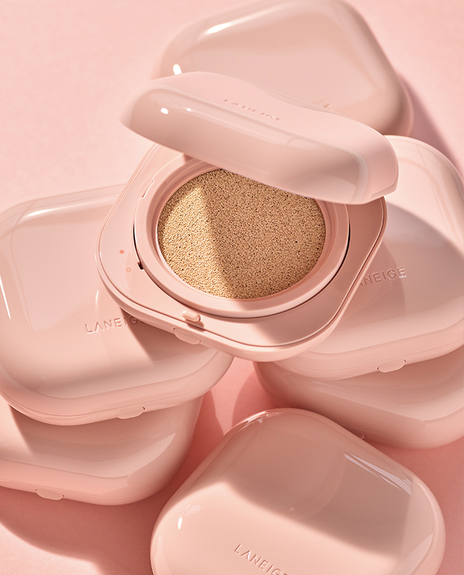 Laneige's new cushion compact is the first in the world that offers blue light protection (фото 3)
