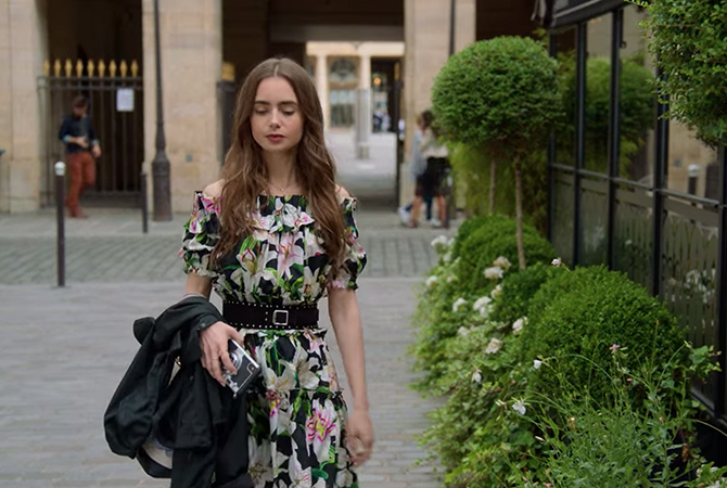 'Emily in Paris': Lily Collins's best to worst looks, ranked (фото 15)