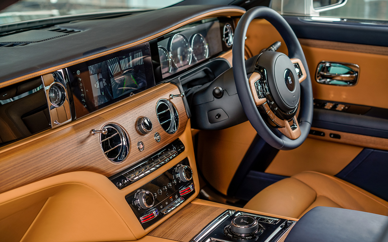 Rolls-Royce's new Ghost and Ghost Extended showcase post-opulence luxury in Malaysia (фото 3)
