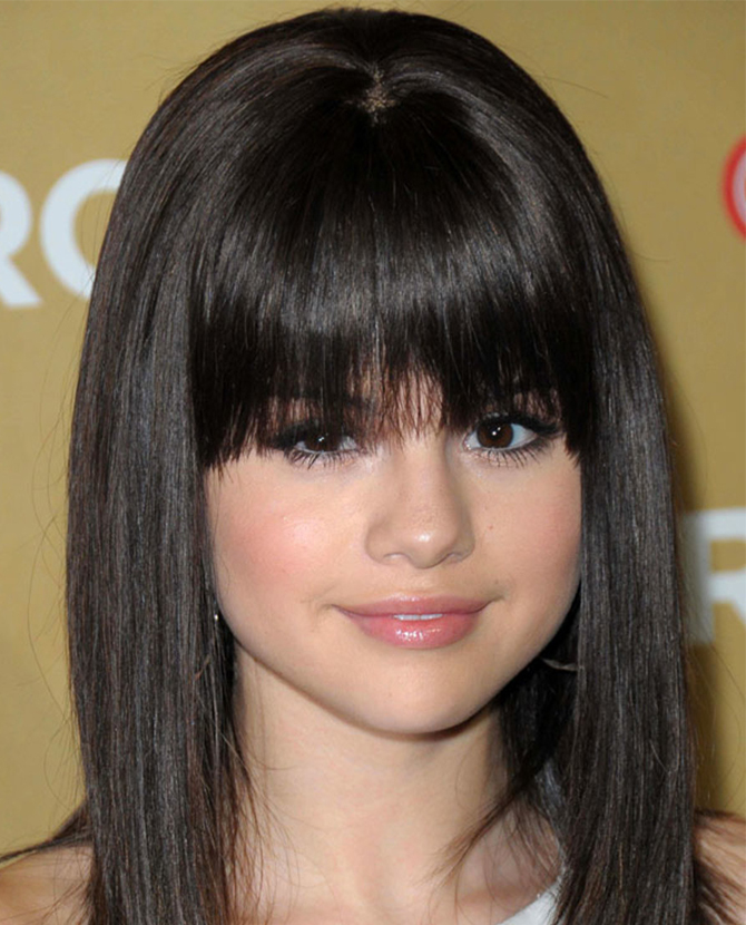 A guide to growing your bangs out, according to our favourite celebrities (фото 2)