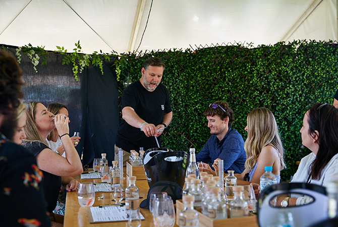 feast in the valley old young gin workshop 2019