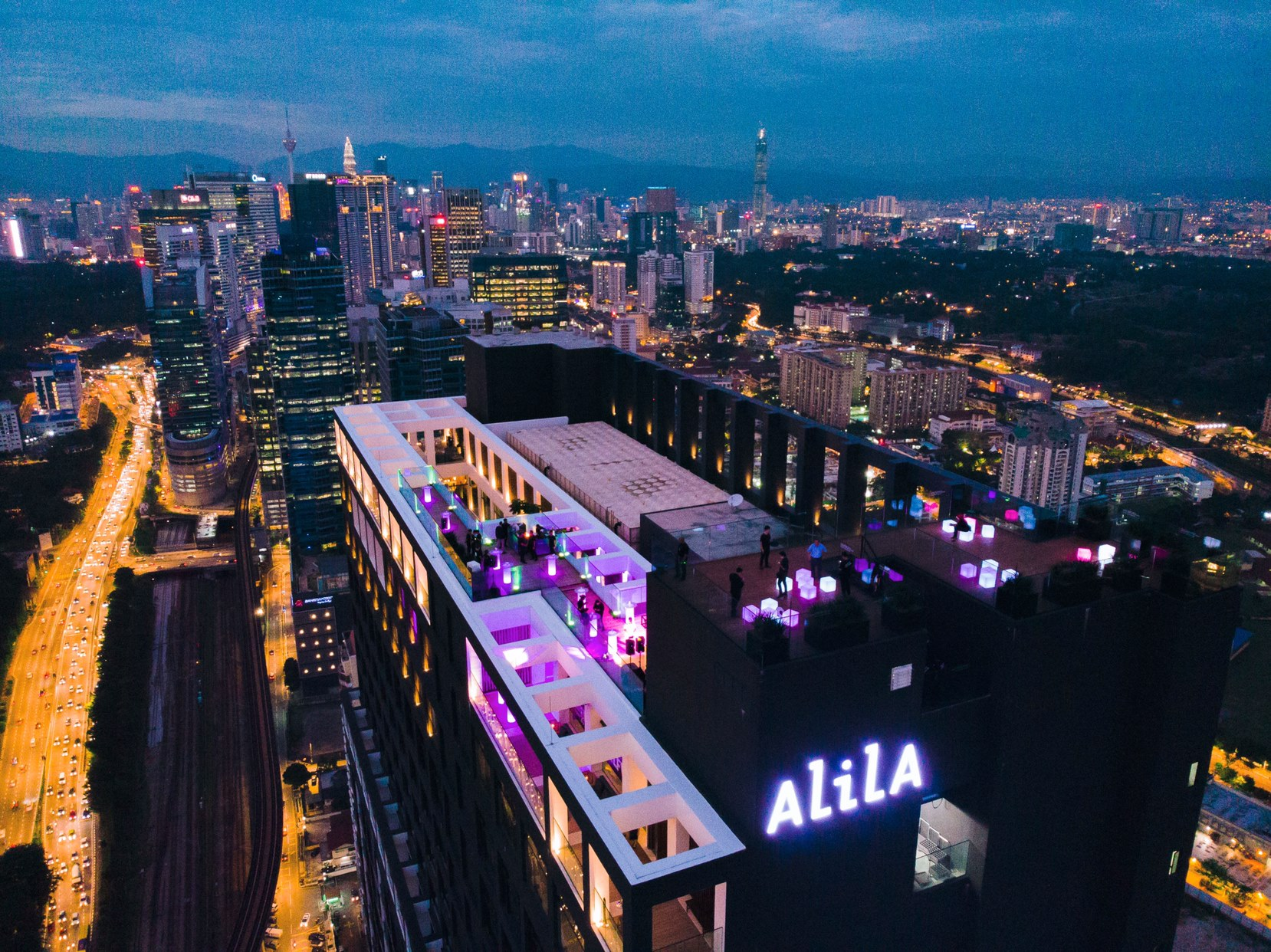 the lido rooftop bar alila bangsar