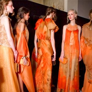 Armani Privé SS17 Couture proves that orange can be the new black