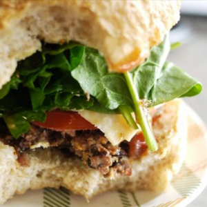Let's cook: Black bean burger patties recipe