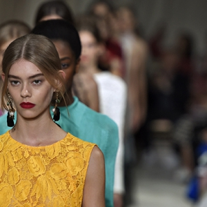 NYFW SS16 Day 6: Metallic hair embellishments and statement lips