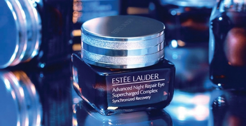 Estée Lauder's new eye cream helps 'filter' out the effects of blue light
