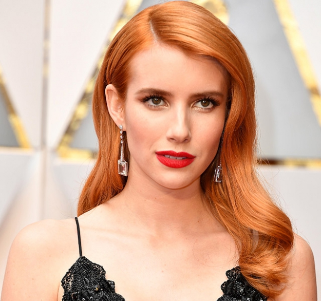 Fab hair colour? Check. Bombshell waves? Check. Emma Roberts' new copper tresses are well on its way to our hair inspo moodboards as we type.
