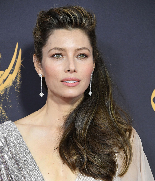 Jessica Biel is the image of a celestial maiden with her milky complexion and rosy flush that colours her eyes, cheeks and lips.