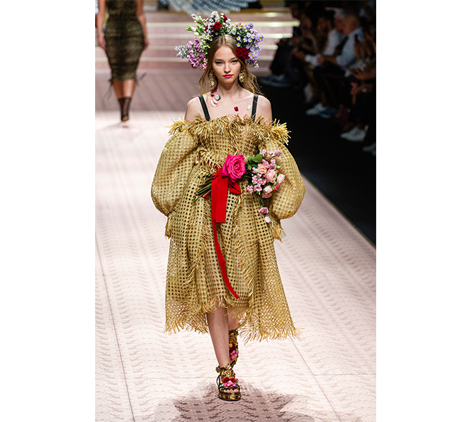 Dolce & Gabbana's Flower Bouquet<p>If flowers are your thing, why not go as a bouquet of blooms this year? It's a good reason to bring out the flower crown and to wear a sack, but make it off-shoulder, to lessen the frumpiness.&nbsp;</p>