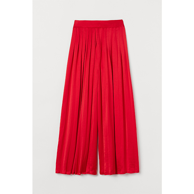 Pleated satin trousers RM 249.95, H&M